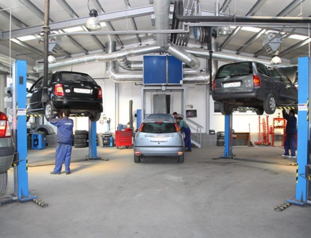 Automobilių variklių ir važiuoklės meistrai Klaipėdoje